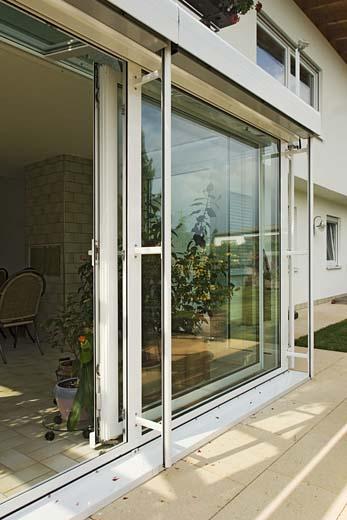 watzl wintergartenbau aluminium winterg rten beispiel 12. Black Bedroom Furniture Sets. Home Design Ideas